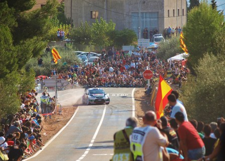 Ford rally spain fans